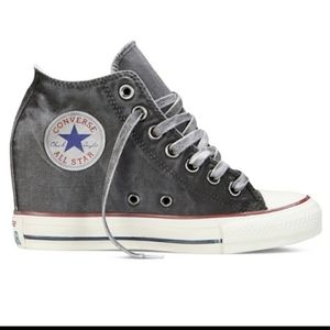NWT Converse Mid Hidden Platform Wedge Sneakers